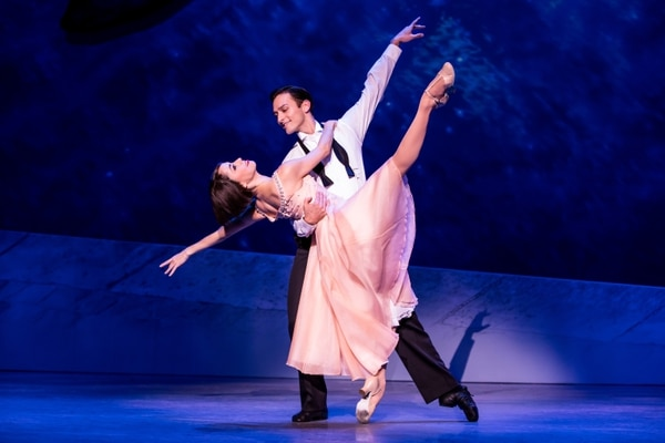 "Lise (Sara Esty) and Jerry (Garen Scribner) dance in ""American in Paris"" (Photo by Joan Marcus)"