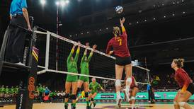 USC can't close out Oregon in five-set thriller