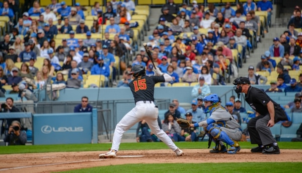 Chase Bushor waits for the pitch against UCLA at the Dodger Stadium Classic (Anthony Ciardelli/Annenberg Media).