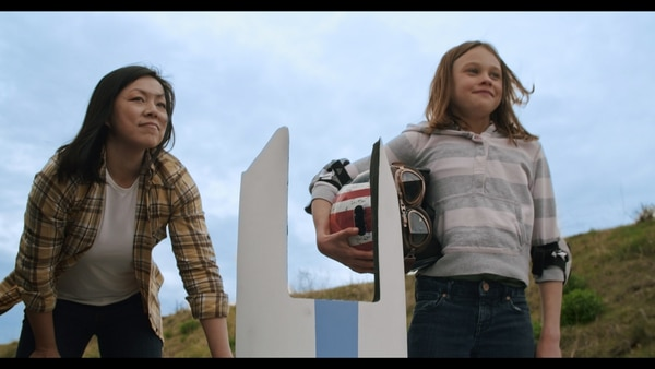 Leah Zhang (left) and Lily Oliver (right) as Jenny and Ari in