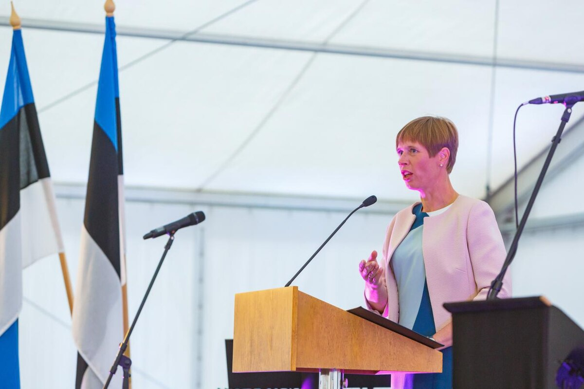 President Kersti Kaljulaid speaks to USC students at Town and Gown